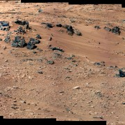 curiosity-rocknest-mastcam-colour